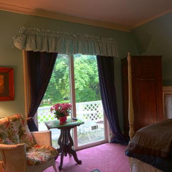 Blue room at Eleven Gables INN